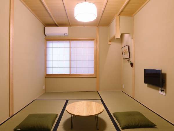 【朝食付きがうれしい!】 下町に誕生した新しい京町家で片泊まり