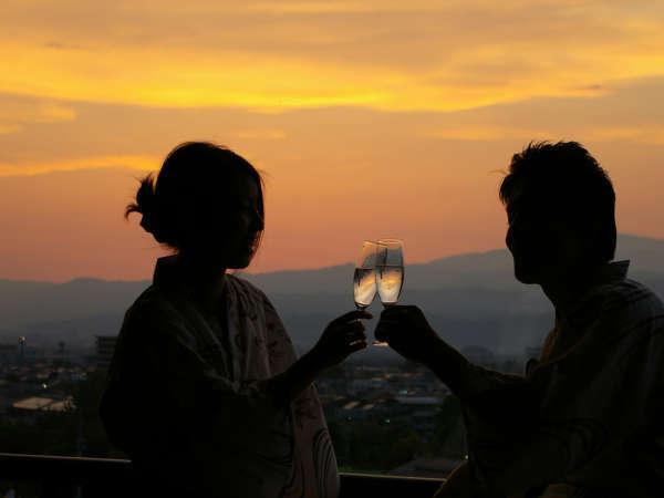 滝の湯自家製ワイン&ホールケーキでお祝い♪大切な人と過ごす記念日プラン