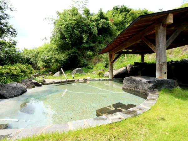 【天然温泉 薬師の湯】源泉はなんと地下1300m!美人の湯でお肌もすべすべ♪