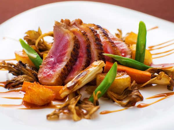 """■−ジビエお試しコース−■稀少価値の高い<山肉>を食比べ。""""肉本来の旨味と香り""""を味わう<数量限定>"""