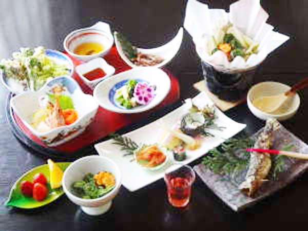 【2食付】源泉100%★絶景美人の湯に浸かった後は、阿賀の郷土料理に舌鼓<スタンダード>