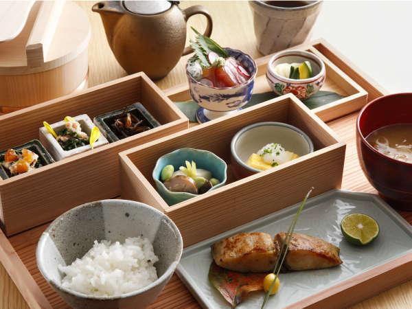 【朝食付】彩り豊富なご朝食とともにKANRAステイ