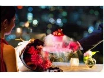 【記念日にオススメ】スイートルーム&40階メインダイニング「クーカーニョ」アニバーサリーディナーステイ