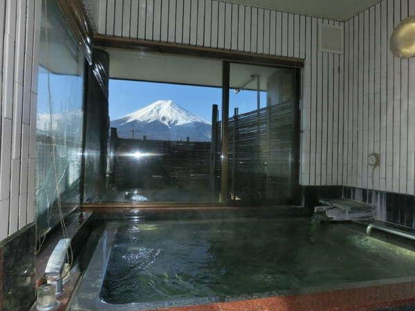 展望風呂から望む富士山です。