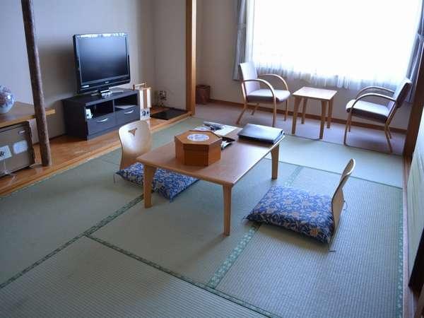 和洋室の和室(6畳間)