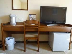 全室 32インチテレビ