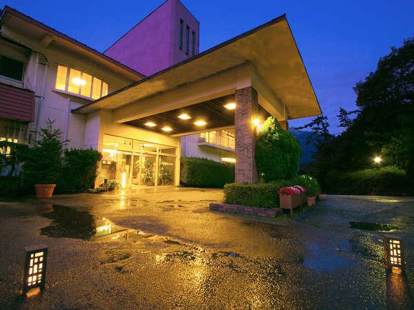 牧ノ戸温泉 -九重観光ホテル- 自家源泉のある山麓の宿