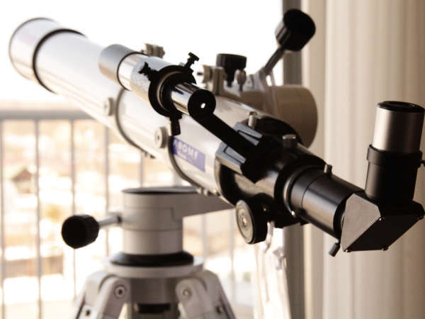 特別和室の天体望遠鏡 写真提供:じゃらんnet