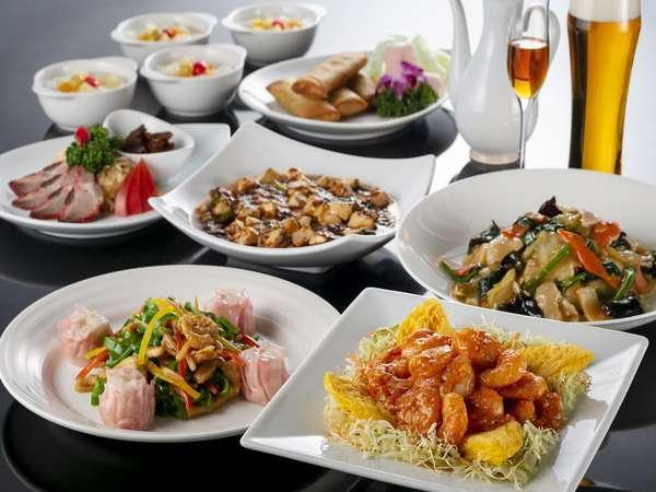 岩手県が誇る地元食材の魅力を最大限に活かしたディナーコースの数々。