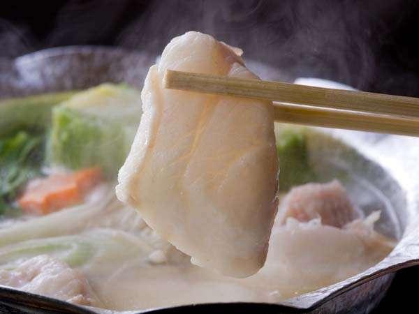 ご当地紀州本クエの鍋料理(ひとり鍋)はもちろん絶品♪しかも女性にうれしいコラーゲンたっぷりの美人鍋
