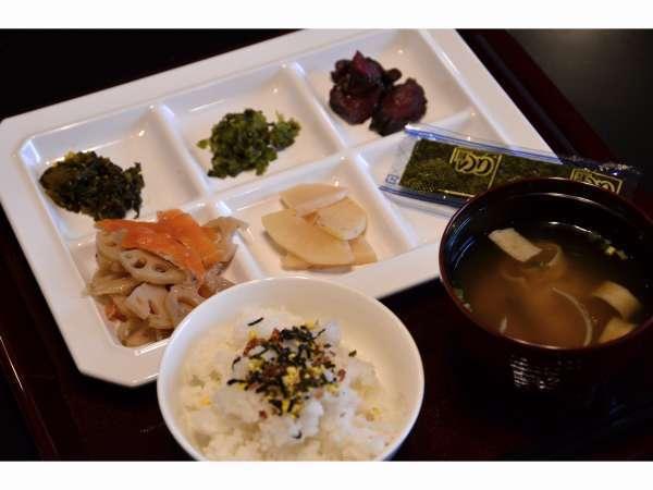 ◆簡単な朝食をご提供。29時までチェックインOK!