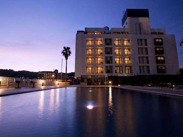 海のホテル島花の外観