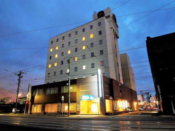 アパホテル<函館駅前>(旧:アクアガーデンホテル函館)の外観