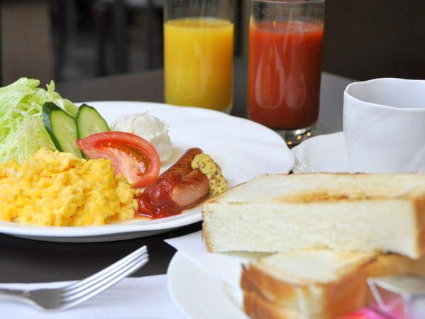 【朝食一例】朝食は和・洋の2種類からお選びいただけます。チェックイン時にお教えください。