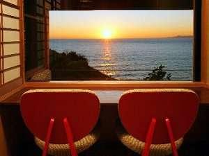 ≪朝食が不要な方へ≫特別室フロア「静の海」×夕食のみ◆スタンダード≪貸切風呂1回無料≫