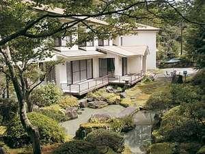 庭園茶寮山中湖の外観