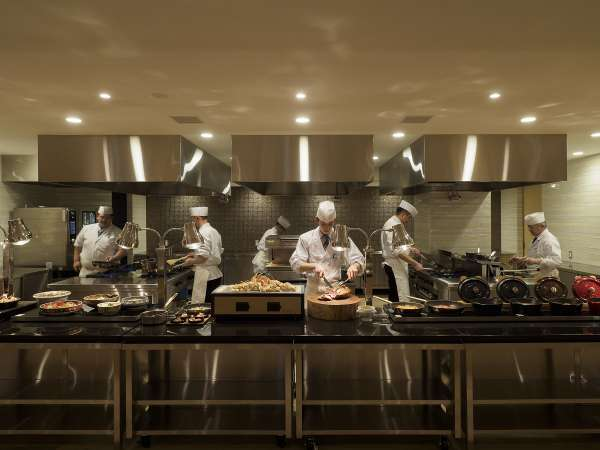 4月17日新レストランオープン!ライブ感あふれるオープンキッチンでメニューも一新♪