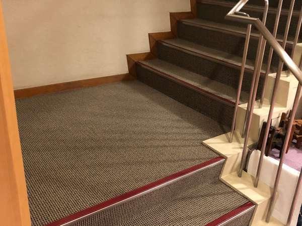 【階段・客室は2階】エレベーターは無いです。階段での昇降をご承知ください