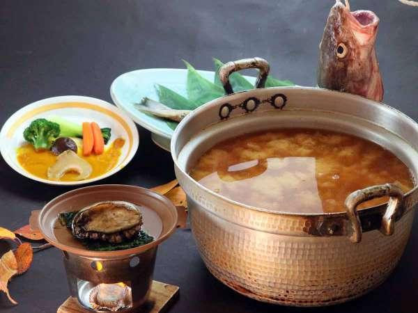 【岩手産のあわび使用】あわびの踊り焼き+フカヒレを満喫+真鱈たっぷり汁+30品バイキング