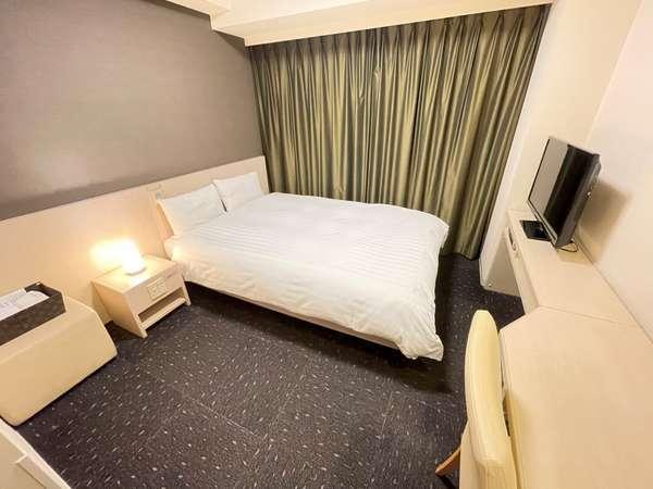 ◆【客室】『ダブルルーム』 広さ14.1~14.7平米 ベッドサイズ横140cm×縦205cm(1台)