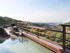 新潟の紅葉スポット近くの温泉宿・紅葉露天のある宿県 ホテル小柳