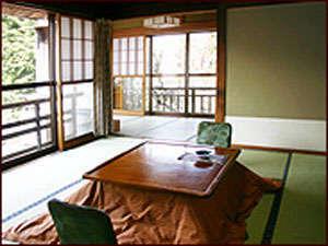 【夏旅♪信州】 大正レトロを感じる・のんびり大正館2階