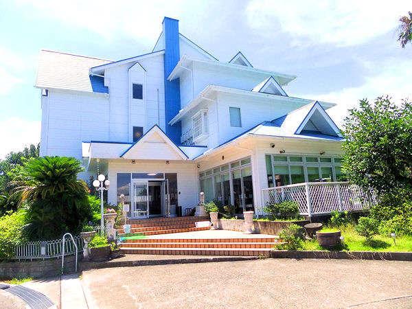 南紀白浜 プチホテル ニューポートクラブの外観