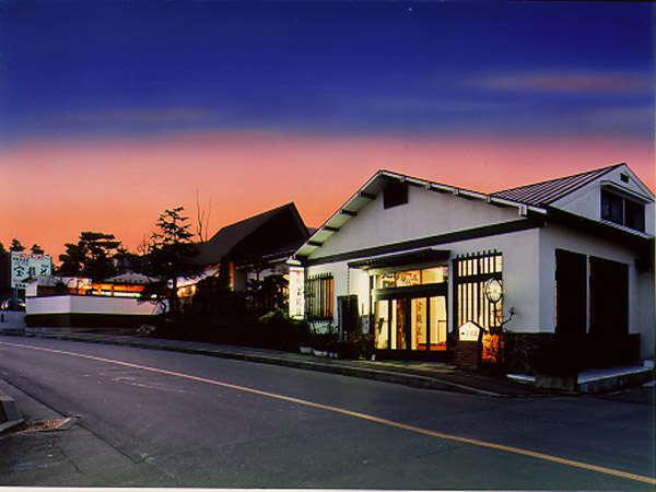 旅館宝龍荘の外観