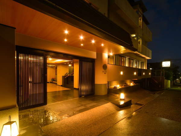 ほてるISAGO神戸の外観