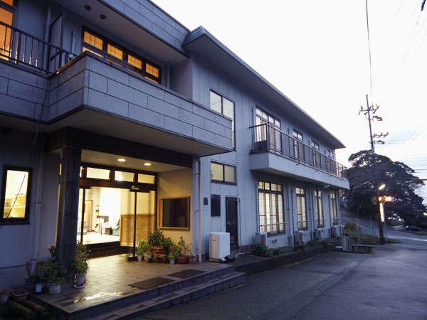 若狭三方 天然みかた温泉 昭和館の外観