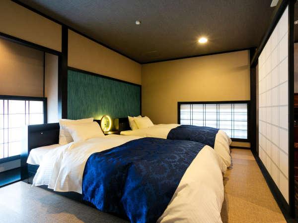 *【Koshi(1F)一例】セミダブルベッドが2台ならんだ寝室。ぐっすりとお休みいただけます。