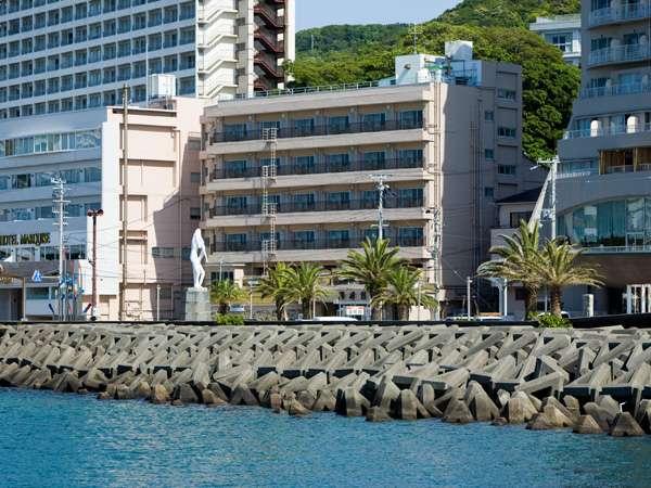 【外観】旅館は、海に面しており、全室オーシャンビュー♪