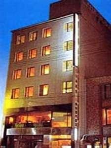 ホテル真田の外観