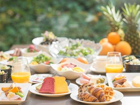 【朝食リニューアル記念☆タイムセール】最大17%OFF!話題のシェフズライブキッチンのブッフェ朝食!