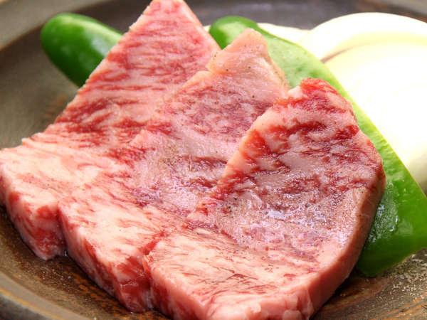 別注料理。岩手県産の黒毛和牛の陶板!