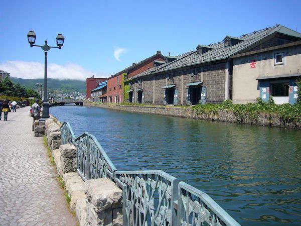 【小樽運河】小樽は1日では遊びきれないほど観光スポットが盛りだくさん。