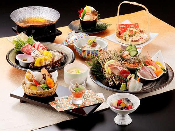 【日本海の幸を堪能】四季彩会席〜秋〜 源泉かけ流し温泉の宿でのんびり♪