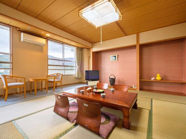 *【和室10畳】3、4名様ならゆったりとした広さ。広々利用したいご夫婦にもおすすめ!