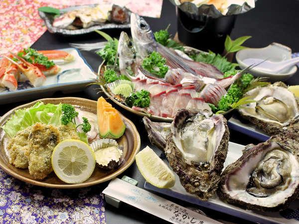 一度食べればクセになりリピ続出(^♪『若狭 岩牡蠣フルコース』