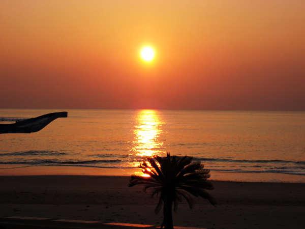 【1泊朝食】お仕事の方もお気軽に♪朝はしっかり朝日と朝食◆チェックイン22:00までOK!