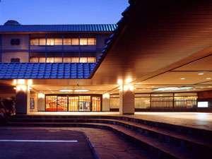 ホテル東山閣の外観