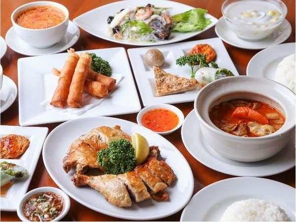 【街と、もてなす。】Sukhontha(情熱のタイ料理)編(タイ料理夕食+室料)