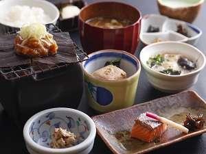 【1泊朝食・現金決済】飛騨の美味しいお米を召し上がれ♪朝食は『朴葉味噌の和定食』!
