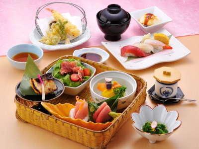 旬の食材に舌鼓!竹かご会席夕食券付〜朝食無料〜