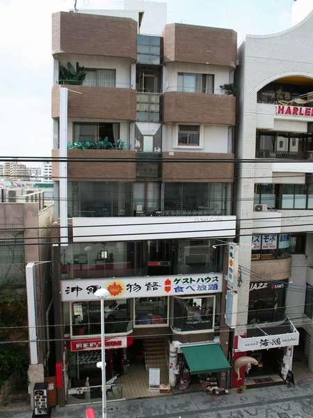ゲストハウス 沖縄物語の外観