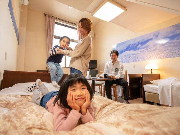 ロフト付きのお部屋は特にお子様連れのファミリーにオススメ!親しいご家族とのグループ旅行にも◎