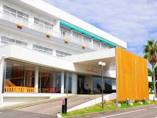 アマクササンタカミングホテル