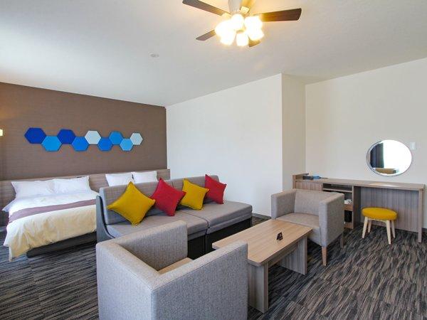 ◆お部屋広々40平米のデラックスルームに泊まる◆ラグナシア入園券(2日間)&温泉付き[朝食付き]