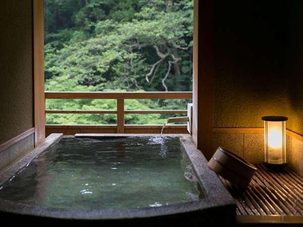≪特別客室≫絶景露天風呂×和洋スイートで過ごす一夜。自然に溶け込み、檜の香りに包まれて…【里山懐石】