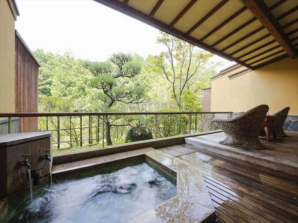 全部屋異なる露天風呂♪姫路ゆめさき川温泉を使用しております。非日常の空間をお愉しみください